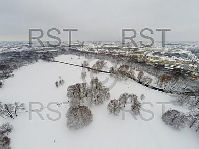 GER, Winterlandschaft am Muenchner Monopteros